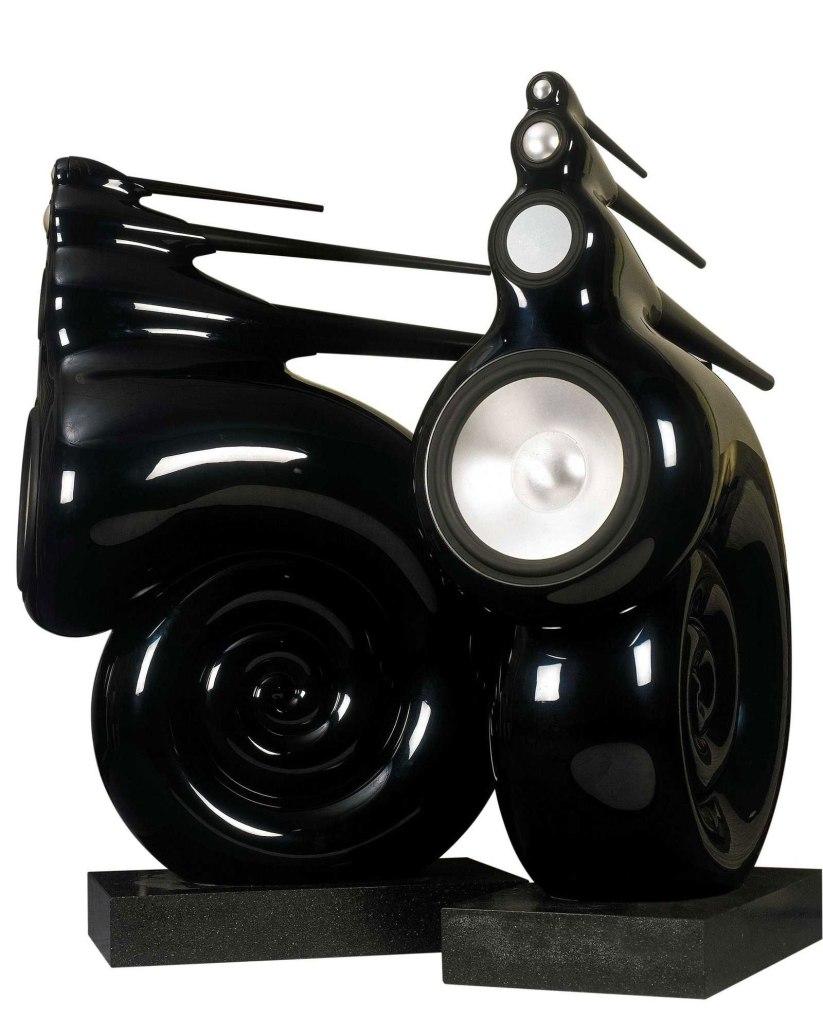 bowers-wilkins-nautilus-speakers-3