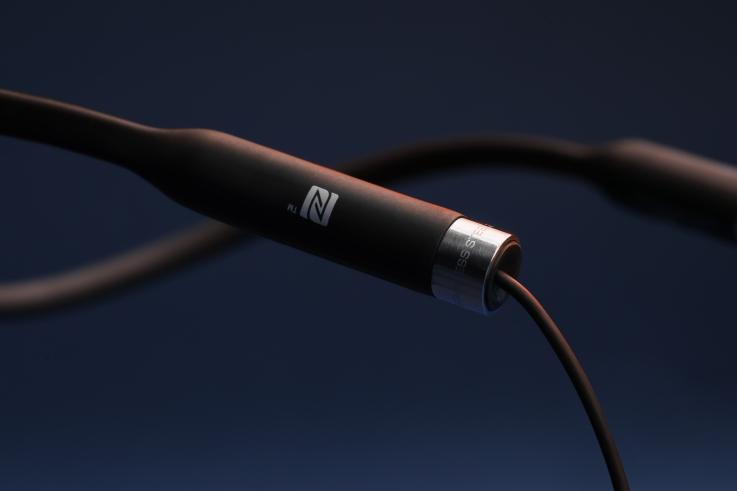 MA750-Wireless-Neckband-1